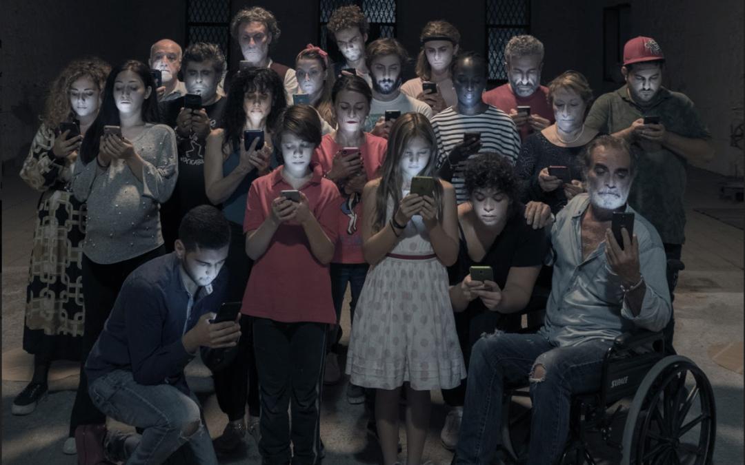"""""""Deadbook"""", scritta e diretta da Francesco Maria Attardi inaugura il 23 ottobre la stagione del Piccolo Teatro della Città"""