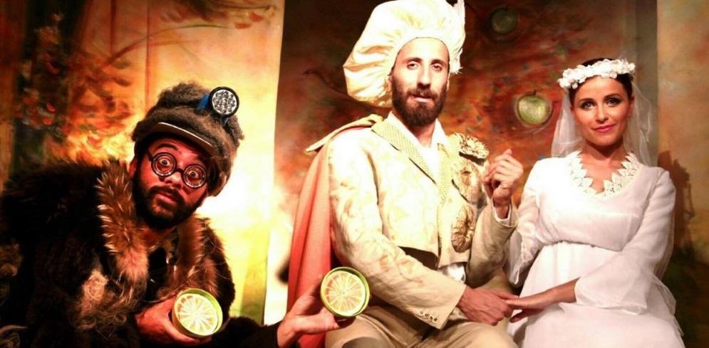 Isidoro e le tre melarance, la fiaba di Luca Iacono in scena al Piccolo Teatro della Città