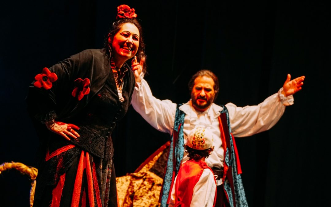 Il teatrino delle meraviglie, al Piccolo Teatro della Città lo spettacolodi Cervantes con l'omaggio a Gianni Rodari nel centenario delle nascita