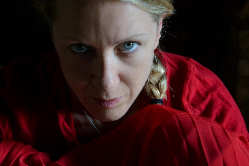 Al Piccolo Teatro della Città, Viola Graziosi è la protagonista di The handmaid's tale – Il racconto dell'ancella