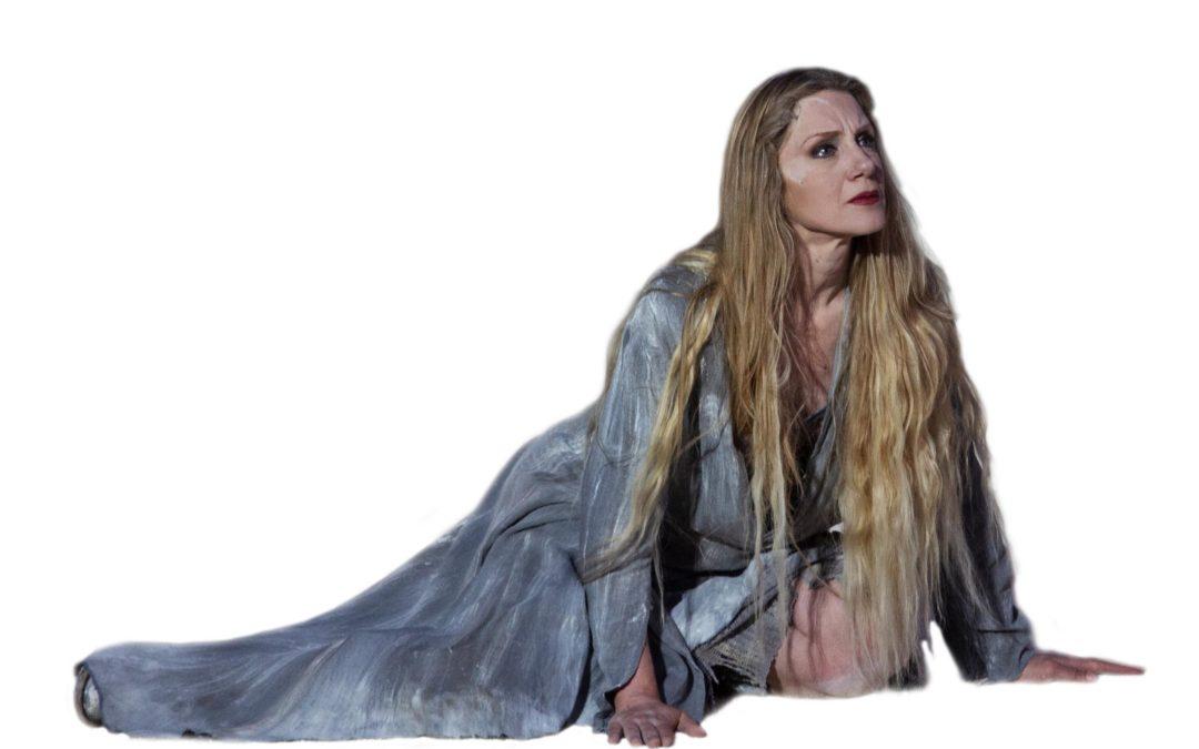 Nuova produzione del Teatro della Città: Elena Tradita, con Viola Graziosi e Graziano Piazza